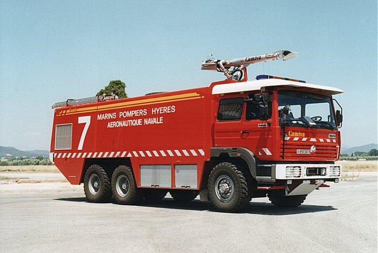 pompiers aeroport renault g 230 pompiers. Black Bedroom Furniture Sets. Home Design Ideas