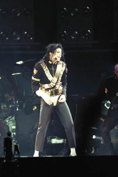 Jam - Michael Jackson Live In Moscow - Dangerous Tour 1993 -   (    PART   2   )