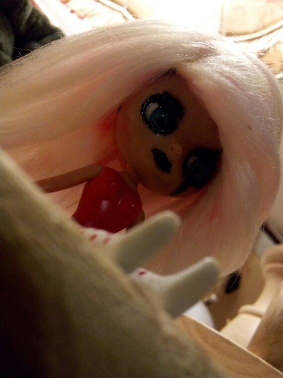 Photo '' d'Emilie'' et sa perruque!