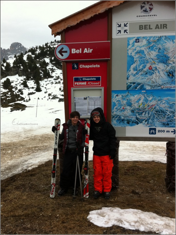 _ Harry and Louis seem to be in France ! _