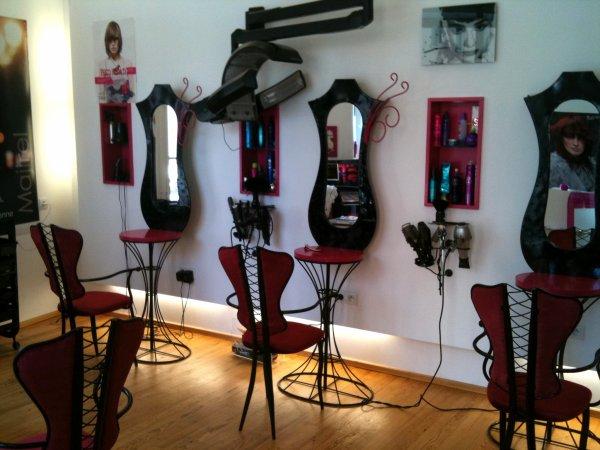 decoration salon de coiffure pour homme. Black Bedroom Furniture Sets. Home Design Ideas