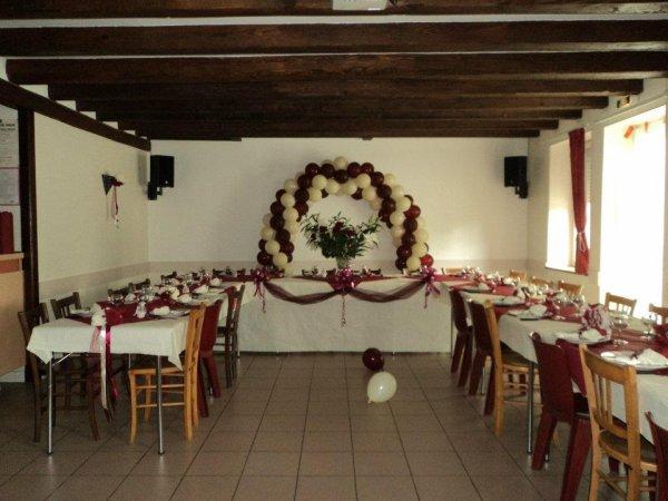 Décoration mariage bordeaux et ivoire samedi 21 juillet - dessines ...