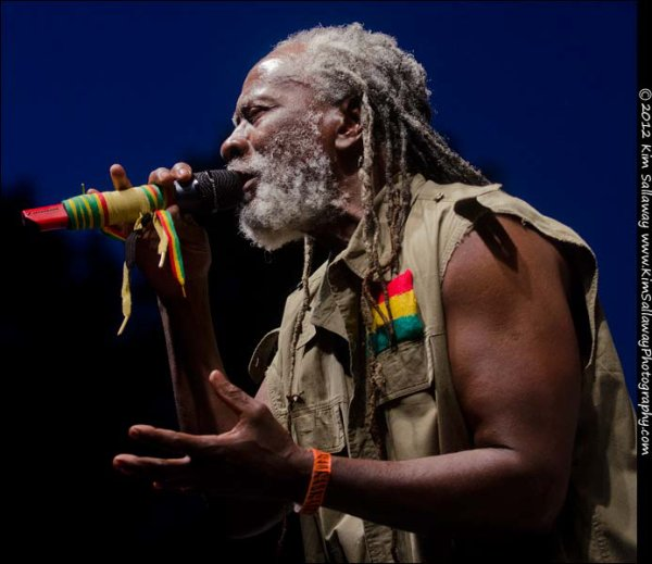 BURNING SPEAR - LIVE IN SOUTH AFRICA (2000)