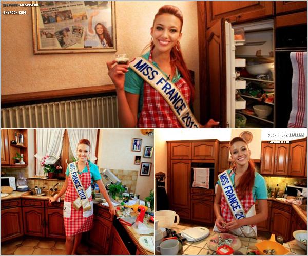 .  27/10  La nouvelle Miss Rh�ne-Alpes a �t� �lue en pr�sence de Miss France 2012, � Genas. C'�tait le dernier Show Miss France de cette ann�e ...   .