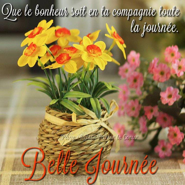 bonjour à tous mes amis(e)s .. je vous souhaite une belle journée de lundi de Pentecôte ..et le début d'une excellente semaine .. bisous Josie