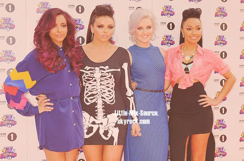 Dimanche 7 Octobre 2012-  Little Mix au Teen Awards .