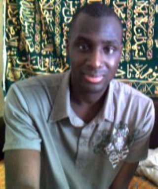 Sylaba, jeune homme qui assume ses préférences :)