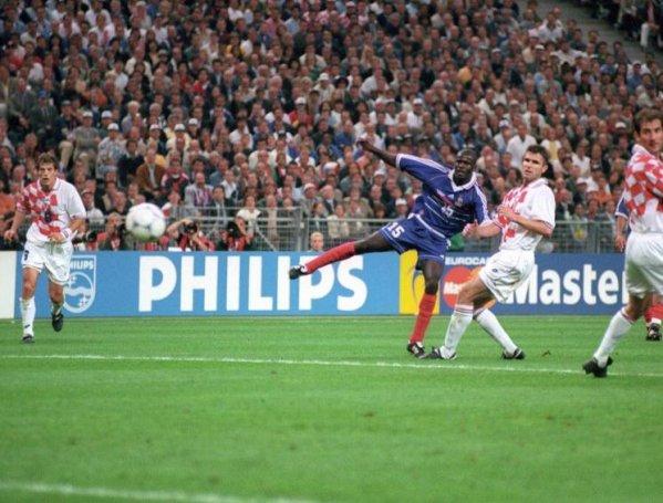 1998 1 2 finale coupe du monde 98 france croatie celui qui se perd dans sa passion est - France 98 coupe du monde ...
