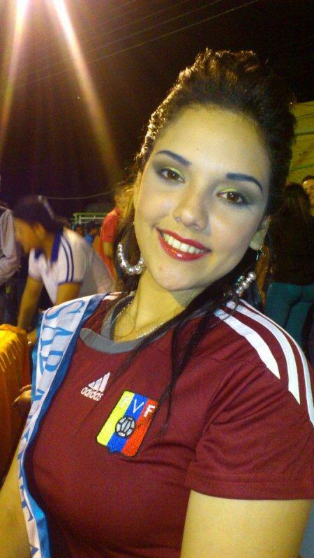 NOCHES TIPICAS 2012