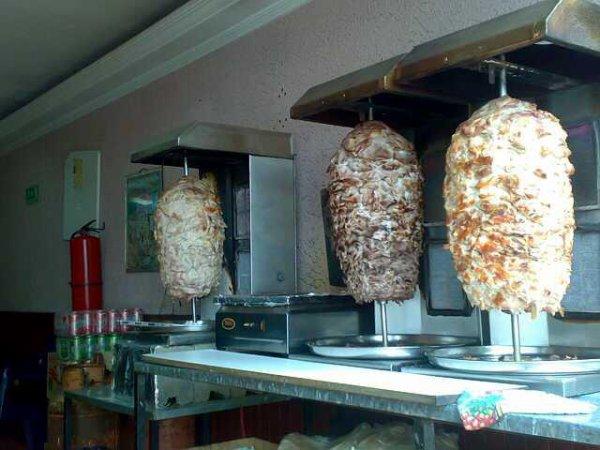 shawarma y pizzeria el parque carabobo te da la bienvenida a las ferias tovar 2012 el añil frente al parque carabobo telefono 0426 315.50.87 y 0414 719.84.91