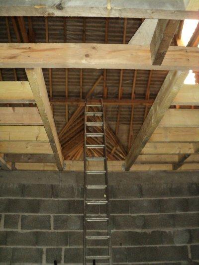 Ouverture pour l 39 escalier blog de jenetnono for Ouverture tremie pour escalier
