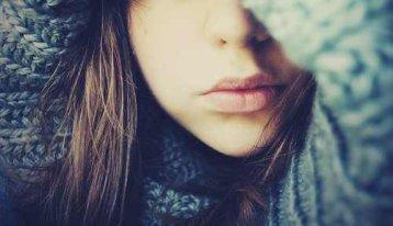"""• """"Eins der enttäuschendsten Dinge ist wohl etwas in einem Menschen gesehen zu haben, das nie existierte.."""" •"""