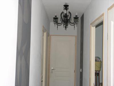 91 le couloir enfin la maison for Peindre des portes