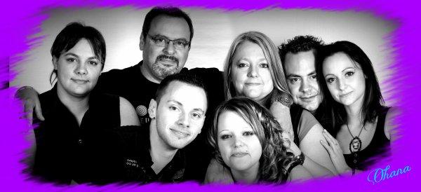㋡ La famille est ce qu'il y a de plus important dans une vie ! Que l'on aille mal ou bien ils seront toujours � nos c�t�s pour nous faire avancer ㋡