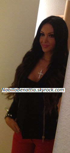 Photo de Nabilla post�e sur son twitter (@leonnaboo) !