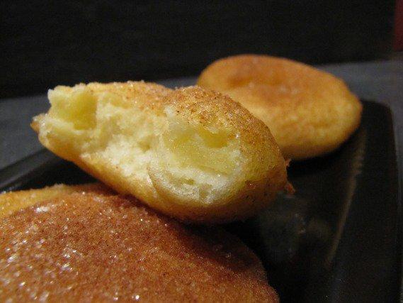Beignets aux pommes moelleux et beignets moelleux mes - Beignet leger et moelleux ...
