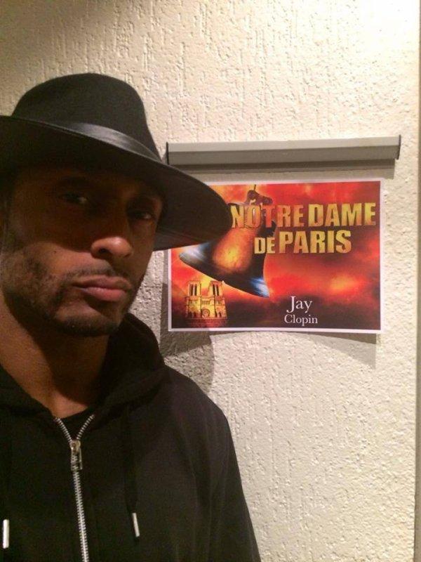Jay pour la première de Notre Dame de Paris au Palais des Congrès à Paris le 24 Novembre 2016