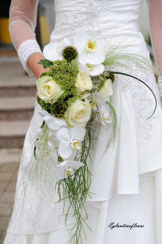 Articles de eglantinefleurs tagg s bouquet de mari e retombant - Bouquet de mariee artificiel original ...
