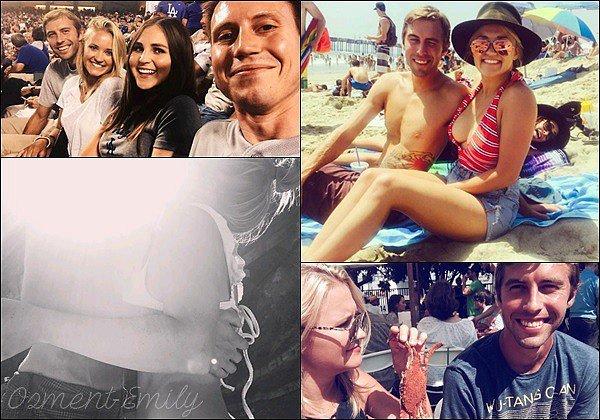 Emily semble avoir un nouveau petit-ami ! Em' a r�cemment post� plusieurs photos en compagnie d'un beau brun sur son compte Instagram. La jolie blonde semble vraiment ravie�♥