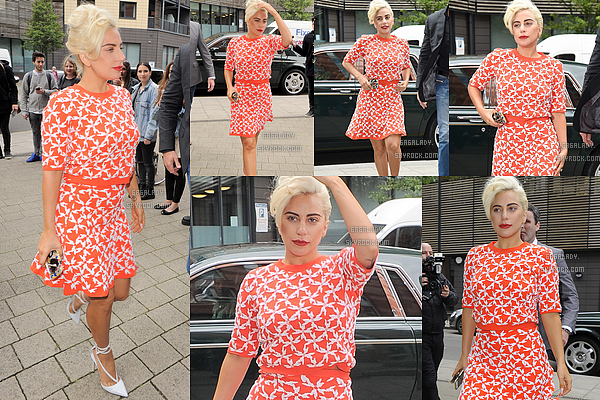 09.06.2015 - Stefani Germanotta allant � son cours de Yoga toujours � Londes. Elle est Magnifique. TOP!  + Le concert de Lady Gaga et Tony Bennett � Londres � �t� annul� car Tony �tait malade. Bon r�tablissement � lui.
