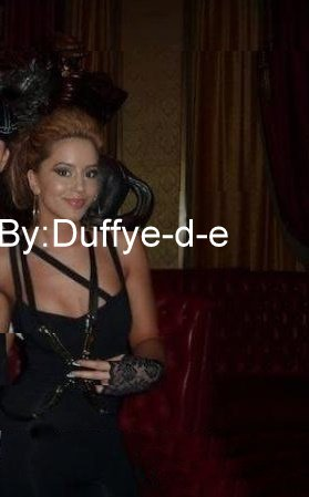 Dafina Zeqiri Foto e klipit Rock This Club 2010