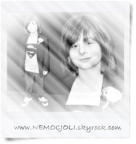 @ MERCI A NEMOCJOLI POUR CE TRES JOLI MONTAGE DE FEN TROP MIGNON @