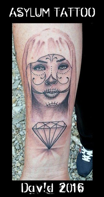 ASYLUM TATTOO POITIERS | Tattoo santa muerte