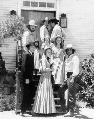 La famille ingalls charle caroline marie laura et carrie ingalls blog - Marie petite maison dans la prairie ...
