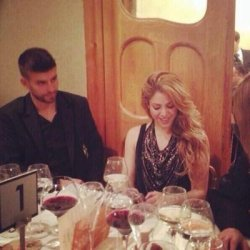Shakira et Gerard dinent � la Casa Batll�
