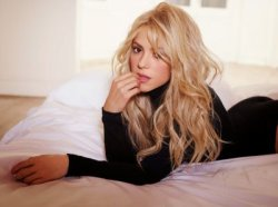 Photoshoot promotionnel pour l'album � Shakira. �