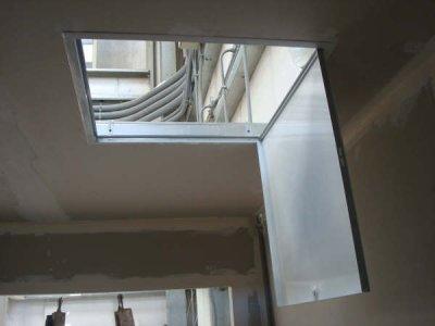 faux plafonds en ba13 av c trape de visite faux plafonds. Black Bedroom Furniture Sets. Home Design Ideas
