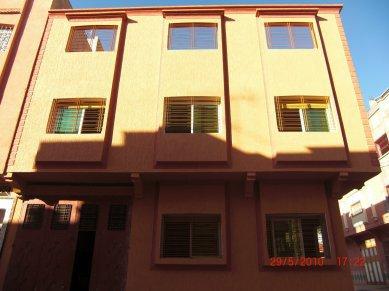 Peinture Facade Maison. Facade Maison Decoration Caravane ...