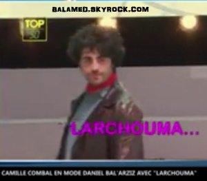 "Camille Combal : Sa reprise hilarante de Daniel Balavoine ""Larchouma"""