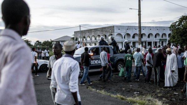 Pr�sidentielle aux Comores: le d�bat entre candidats tombe � l'eau