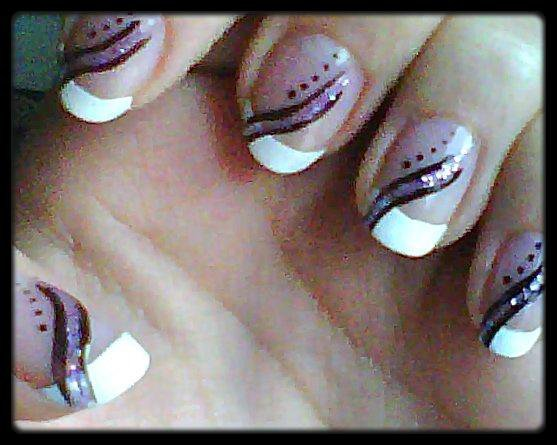 Nail Art Violet Paillette Noir