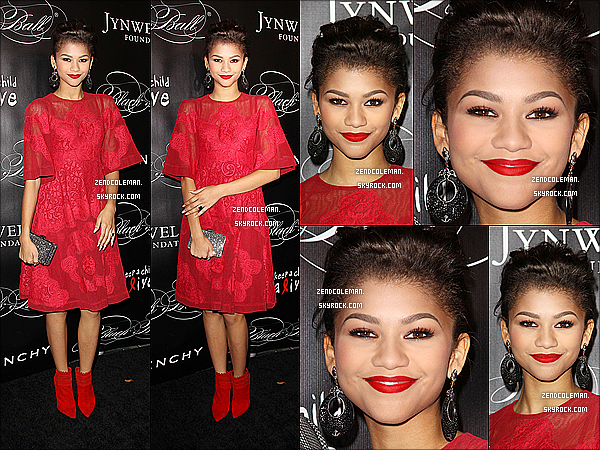 . 07/11/2013 : Zendaya �tait au Keep A Child Alive's 10th Annual Black Ball � New-York. Zendaya est juste splendide,j'aime beaucoup sa robe rouge elle lui va a merveille! .