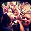Photos + Vid�o tweet�e par Justin