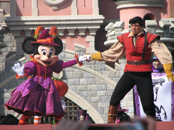 Disneyland 3 octobre 2010 - shan yu et Antoine