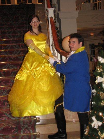 Disneyland 31 octobre 2010 - dans escaliers