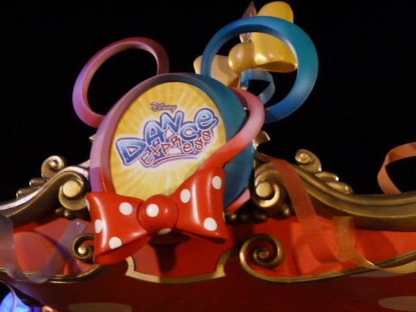 Disneyland 25 mars 2011 - Disney Dance Express