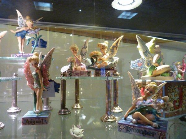 Disneyland 1 juin 2011 - figurines Tradition Jim Shore