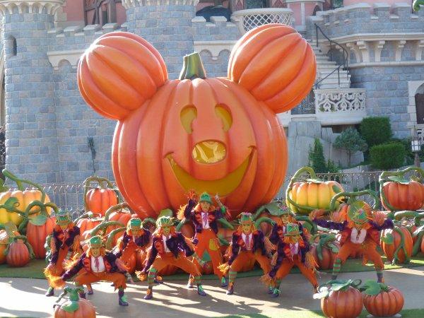 Disneyland 15 octobre 2011 - Mickey et sa Surprise Party d'Halloween