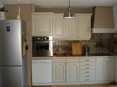 cuisine st phanie apr s la r novation de meubles sans d capage refaire. Black Bedroom Furniture Sets. Home Design Ideas