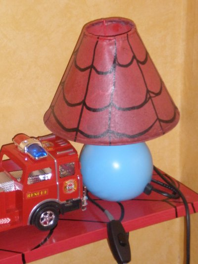 lampe de chevet spiderman id e d co pas cher. Black Bedroom Furniture Sets. Home Design Ideas