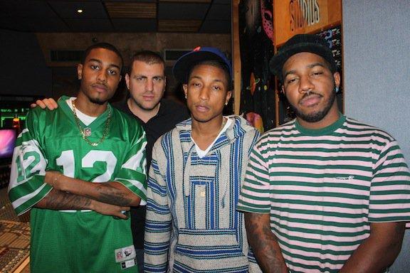 Pharrell en studio avec The Cool Kids - Miami,FL - Décembre 2010