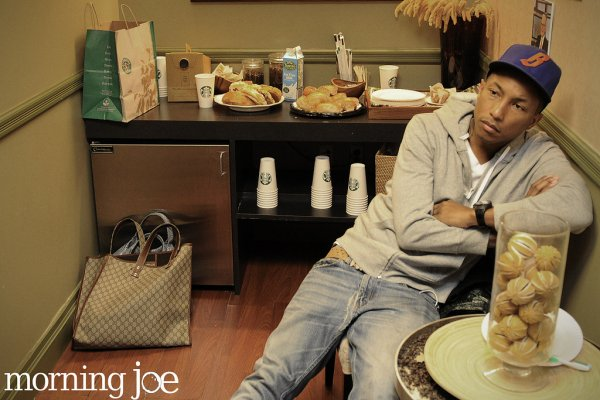 Pharrell au Morning Joe - 21 avril 2011