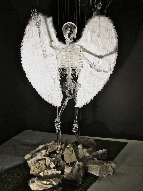"""""""Inside Out"""" Sculpture par Pharrell Williams"""