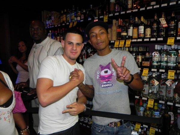 "Pharrell - Soirée de présentation ""Qream"" - ""Gulf Liquors"" Miami, FL- 24 septembre 2011"