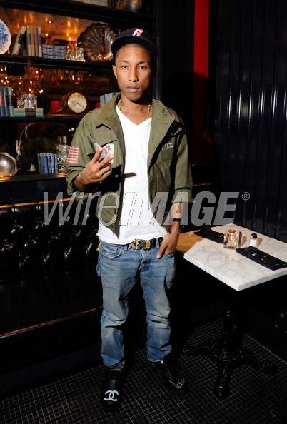 Pharrell - the Sugar Factory American Brasserie at the Paris Las Vegas - Las Vegas, NV - 15 octobre 2011