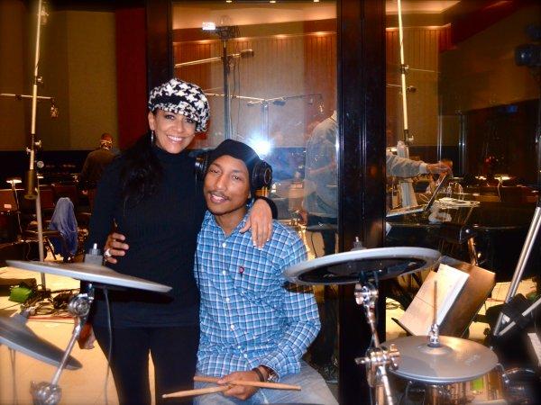 Pharrell en studio avec Sheila E.